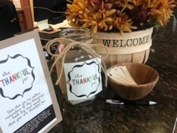 Thankful Jar with Notes